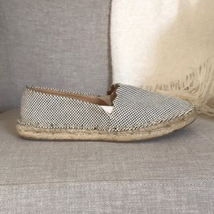 White and black espadrille